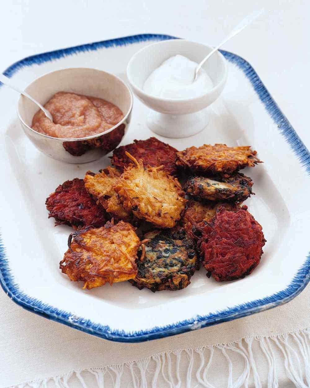 thanksgiving-leftovers-on-platter-a99559_vert